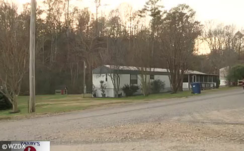 Pack of dogs kills woman in Guntersville